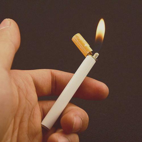 cigarette-shaped-lighter-2